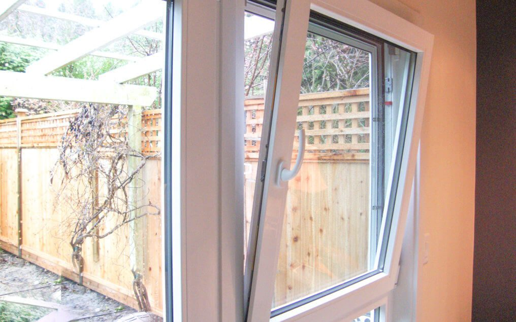 tilt and turn window